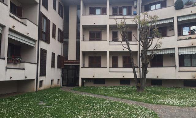 Bilocale con ampio balcone