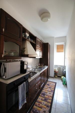 Bernareggio – Due locali ristrutturato con cantina e box